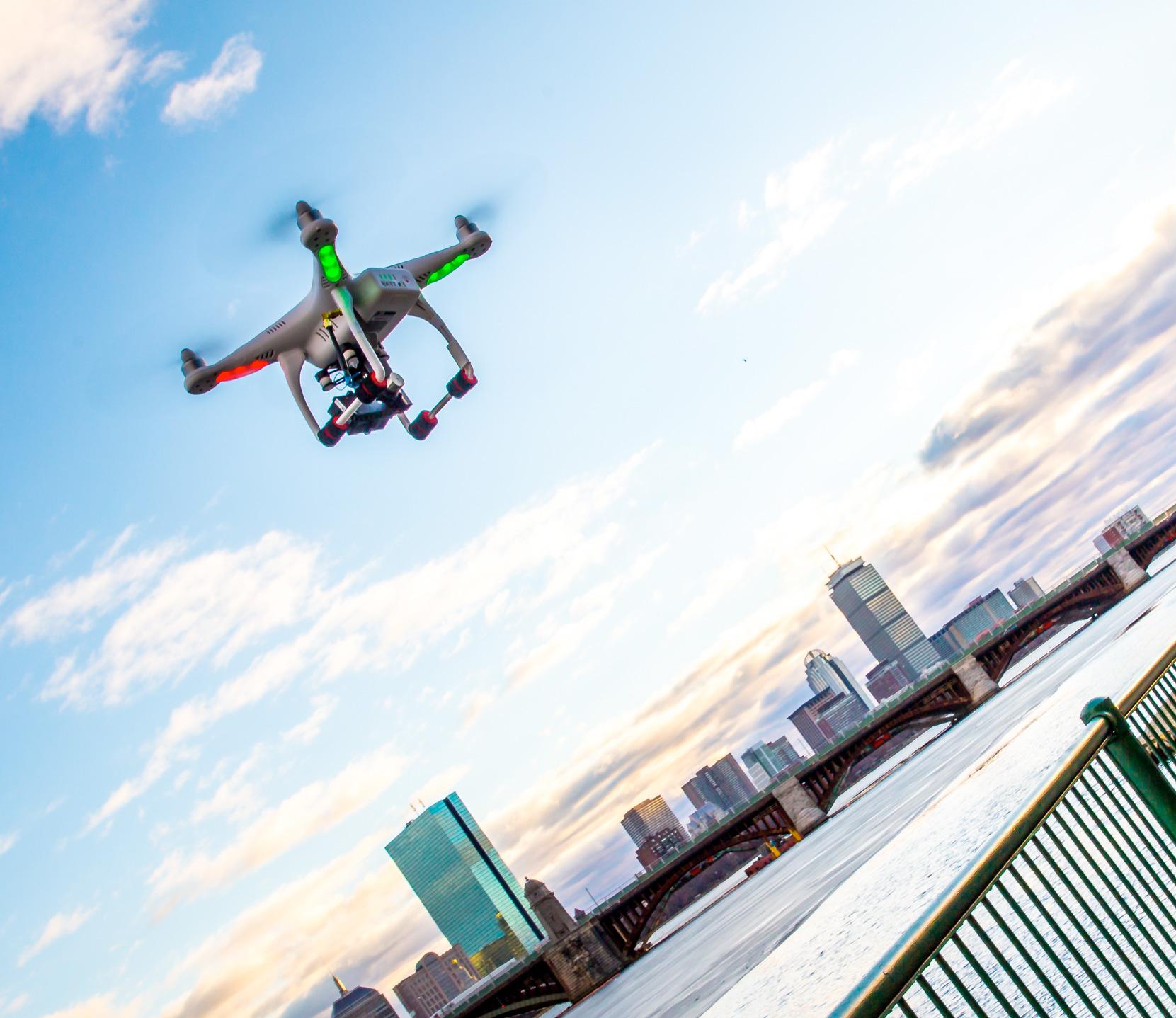 Une assurance pour votre drone et votre materiels embarqués